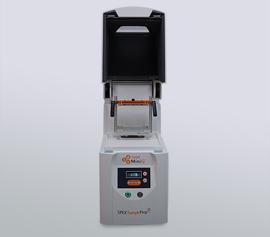 Zellaufschluss-Mühle SPEX SamplePrep 1600 MiniG® mit offenem Deckel, Ansicht der Probenhalteklammer