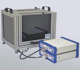 Synchronisiertes Bipotentiostatensystem und Faradayscher Käfig / Dunkelkammer zur Kalibration des Bipotentiostaten und der optischen Leistung der Anregungs-LED vor Messbeginn