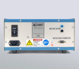 Ein Notfall-Triggersignal kann vom angeschlossenen Potentiostaten über einen Eingang an der Rückseite der Steuereinheit (Motor Stop) die Umdrehung des Rotators unverzüglich stoppen