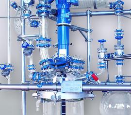 Glasrührapparat 15 … 60 (100) Liter mit Destillationsaufbau und Ex geschütztem Motor width=
