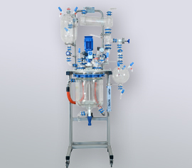 Glasrührapparat 15-30 Liter mit Destillationsaufbau und Ex geschütztem Motor width=
