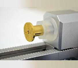 Gamry Universal-Batterie-Halterung (UBH) für Reproduzierbarkeit und Zuverlässigkeit der Messergebnisse mit echter 4-Punkt Kelvin-Kontaktierung